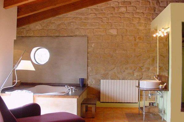 31509_foto1_lavabo111-hotel-la-parada-del-compte